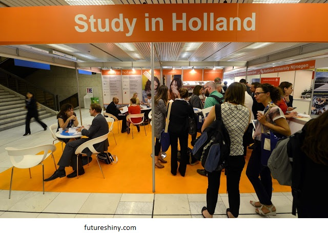 Working in the Netherlands for non-Dutch students